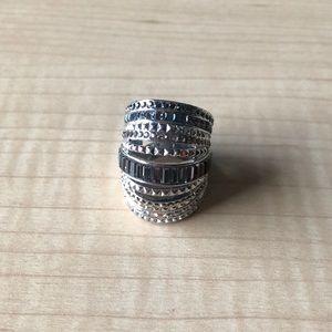 Henry Bendel knuckle ring